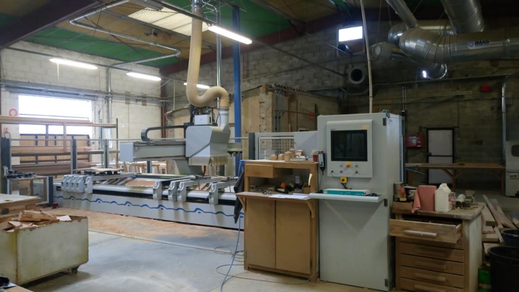 atelier de fabrication escalier sur mesure AZ Menuiseries Escaliers sempigny noyon compiegne oise